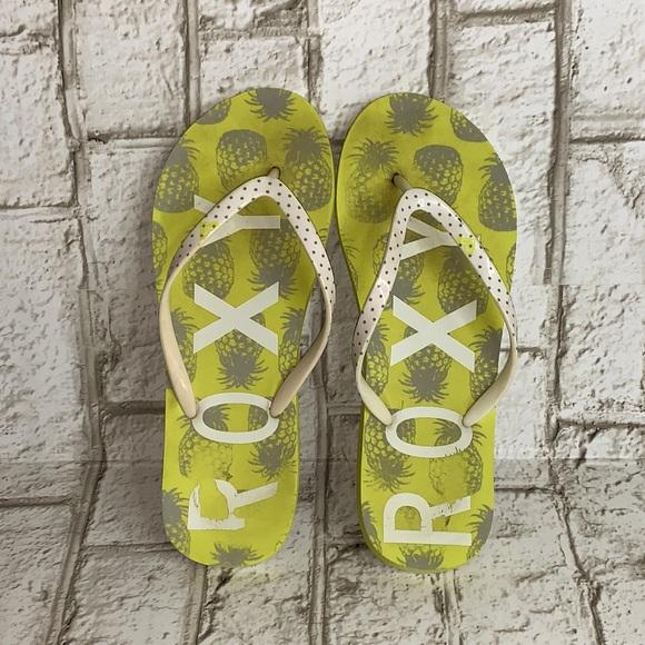 ***2/$15. Roxy pineapple flip-flops